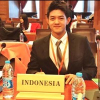 Wisely Reinharda Wijaya Oeij's email & phone | Co-founder